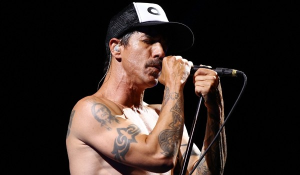 Red Hot Chili Peppers Confirm Super Bowl Performance