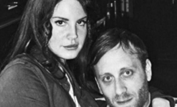 Lana Del Rey has teamed up with Black Keys' frontman Dan Auerbach