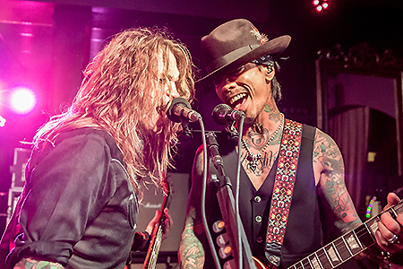 Buckcherry at The Jewel Night Club – NH
