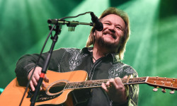 Travis Tritt at the Royale – Boston, MA