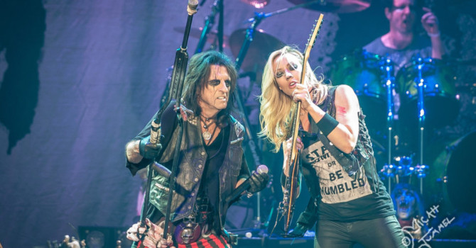 Rock Legend ALICE COOPER to Headline at ROCK CARNIVAL 2016  + More Performing Artists Announced