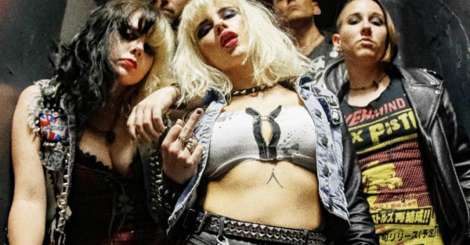 BARB WIRE DOLLS SET TO RELEASE NEW ALBUM AND HEAD OUT ON VAN'S WARPED TOUR