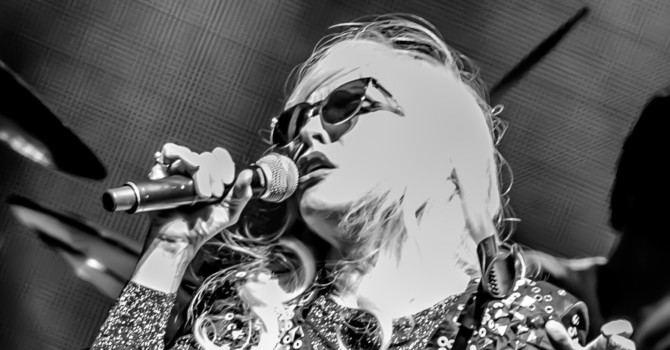 Blondie and Garbage at the Blue Hills Bank Pavilion – Boston, MA