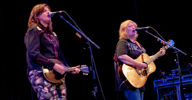 The Indigo Girls at the Portsmouth Music Hall – Portsmouth, NH