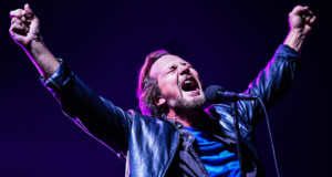 Pearl Jam at Fenway Park – Boston, MA