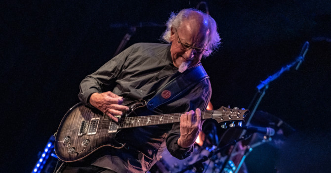 Martin Barre at the Topelo Music Hall – Derry, NH