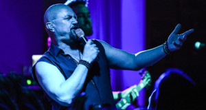 Geoff Tate at the Greasy Luck – New Bedford, MA