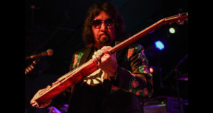 Ace Frehley at the Greasy Luck – New Bedford, MA