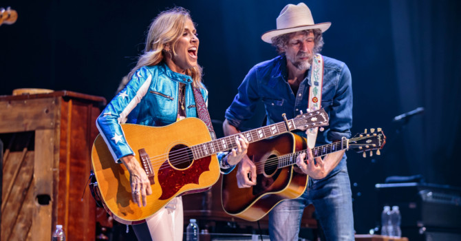 Heart, Sheryl Crow, and Elle King at the Xfinity Center – Mansfield, MA